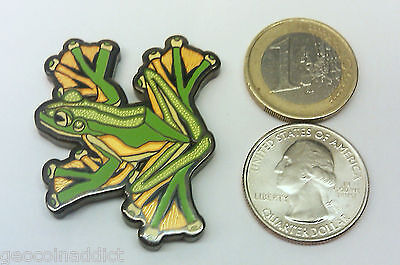 ☆☆ Wallace Flying Frog geocoin Trackable unactivated Flower