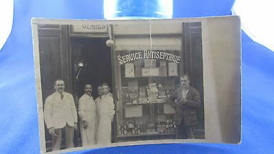 cpa photo pharmacie antiseptique vers 1905 pharmaciens metier magasin