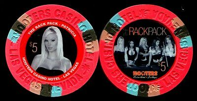 $5 Las Vegas Hooters The Rat Pack Patricia Casino Chip - Uncirculated