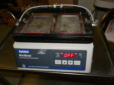 New Brunswick Bohdan MiniBlock Compact Shaking and Washing Station M1279-0000