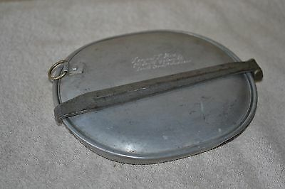 Vintage US Army Military Mess Pan Marked US 1917 W/ Collapsable Metal Cup.