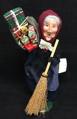 Byers Choice Retired 1994 Old Befana Christmas Witch with Gift Bag with Tag