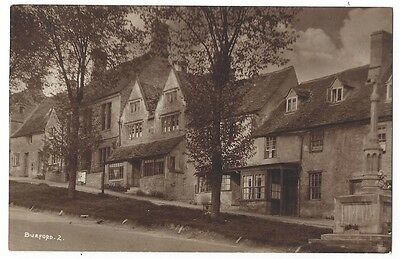 BURFORD The Hill Showing War Memorial, Old Postcard by WA Call, Unused