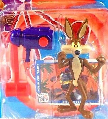 wb Wile E. Coyote Backfiring Mallet Warner Brothers Looney Tunes Bros MIB Figure