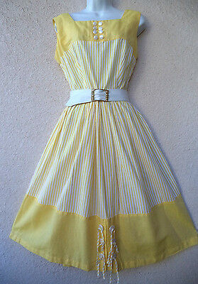 Vintage 1950s Yellow and White Sleeveless COTTON DAY DRESS Sun Full Skirt M to L