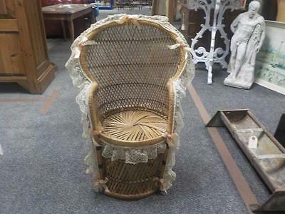 Vintage Wicker Dolls / Teddy Peacock Chair With Lace Trim & Pink Beads