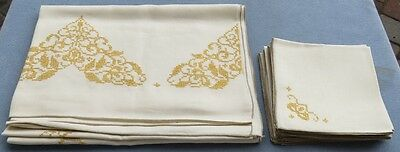 Vintage Embroidery Linen Set Tablecloth 102 X 68 Inches &12 Napkins Floral