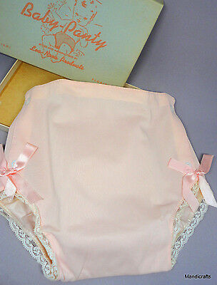 Lea Nora Pink Baby Panty Diaper Cover Plastic Nylon 1960s sz 20lb Bows Lace Box