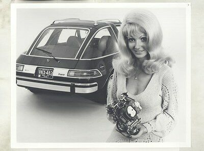 1975 AMC Pacer & 2 Barrel Carb ORIGINAL Factory Photograph & Press Sheet ww7998