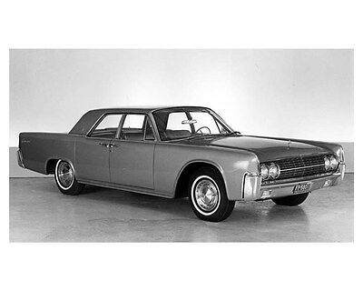 1962 Lincoln Continental Four Door Sedan ORIGINAL Factory Photo oub5239