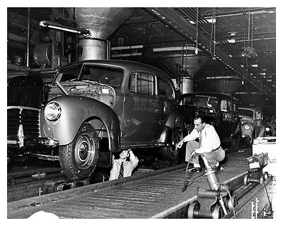 1940 Hudson Assembly Line ORIGINAL Linen-Backed Factory Photo oub5389