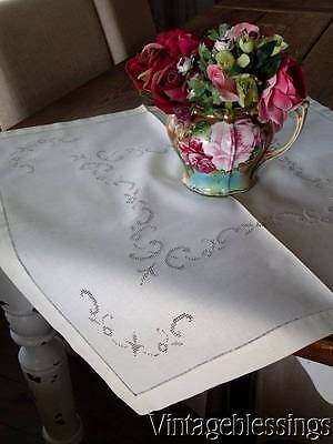 "Fancy & Crisp Antique Linen Square Cloth Cutwork Lace 28"" x 27"""