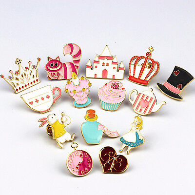 Chic Cartoon Cute Alice In Wonderland Heart Rabbit Brooch Pins Badge Pin Charm