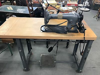Model 31-20 Industrial Singer Sewing Machine With Table And Parts Works