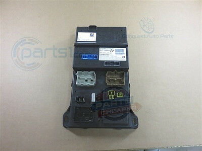 2006-2007 Ford Fusion Fuse Central Smart Box junction Genuine OEM