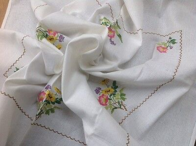 Vintage Good Linen Table Cloth Hand Embroidery Cross Stitch Floral Bouquets