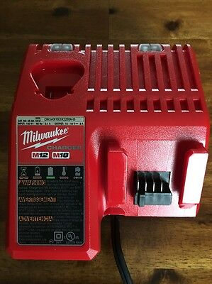 Milwawkee battery charger