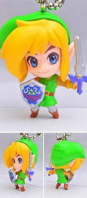 Bandai Triforce of the Gods 2 The Legend of Zelda Key chain Figure Link