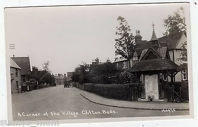 Bedfordshire, Clifton, A Corner Of The Village, Bancroft Dairies Van, Rp