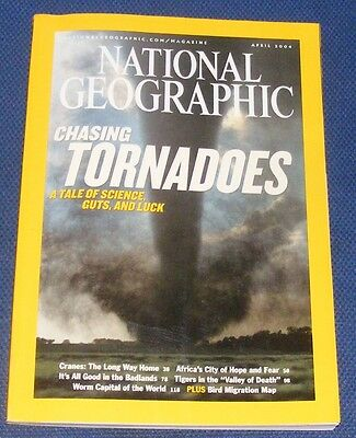 National Geographic Magazine April 2004 - Tornadoes/cranes/johannesburg/tigers