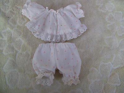 Alte Puppenkleidung White Night Heart Dress Outfit vintage Doll clothes 15c Girl