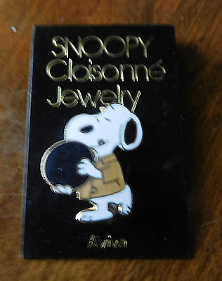 """Vintage AVIVA Peanuts SNOOPY Cloisonne Pin NOS 1"""" BOWLING"""