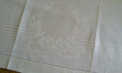 "VINTAGE 20""x36"" IVORY LINEN DAMASK TOWEL ~ MONOGRAM CREST ~ HEMSTITCH EDGES"