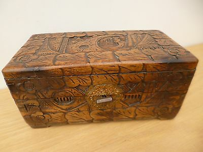 Superb vintage Chinese artisan carved wooden trinket box fabulous patina/colour