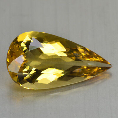 9.36 Cts FANCY QUALITY GOLDEN YELLOW COLOR NATURAL HELIDOR BERYL GEMSTONES