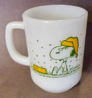 Vintage 1958 Snoopy FireKing Milk Glass Mug - Excellent Mint Condition!