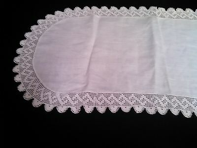 Pure White Vintage Elongated Oval Runner/Dresser Scarf Filet Lace Trim WOW!