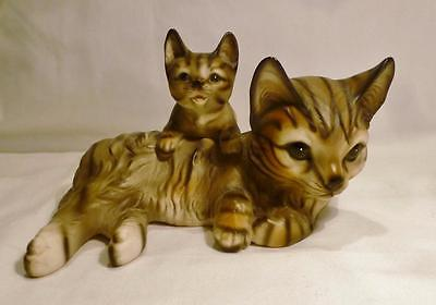 Lovely Vintage Hand Painted M.Takai From Japan Grey Tiger Cat W/ Kitten Figurine