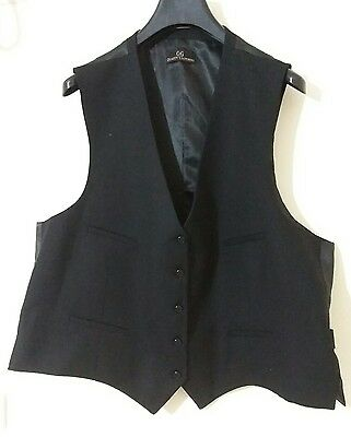 Used Black Vest Size 52L Free Shipping #1091