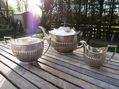 LOVELY ANTIQUE VINTAGE SILVER PLATE 3 PIECE TEA SERVICE BY MURRLE BENNETT & Co.