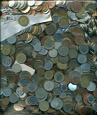 VERY NICE ASSORTMENT of 10 POUNDS of WORLD COINS - Lot # 634