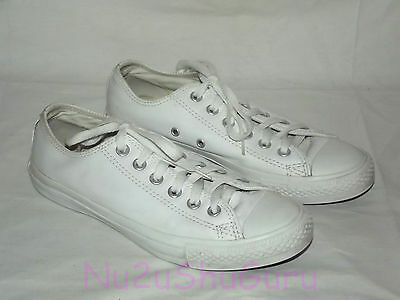 CONVERSE Chuck Taylor All Star Low White Leather Sneakers Womens Size 8