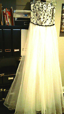 WOMEN GIRLS LONG DRESS GOWN White ORGANZA EMBROIDERED PROM WEDDING sz.6 PARTY