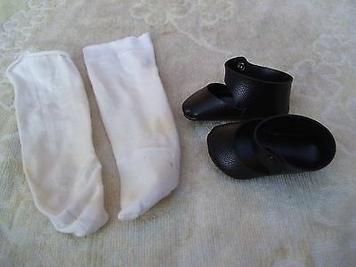 Alte Puppenkleidung Schuhe Vintage Black Lashed Soft Shoes Socks 50 cm Doll 7cm