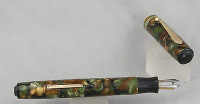 Parker Fifth Avenue Marble Green/Brown & Gold Fountain Pen - 1930's