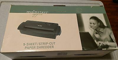 New Mainstays Office Adjustabe Paper Shredder 5- Sheet /Strip Cut WM5S
