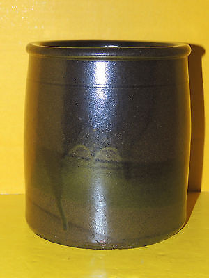 "Beautiful Large 6 1/2"" Americana Stoneware Pottery Crock, Pot w/ Faded Drip Runs"