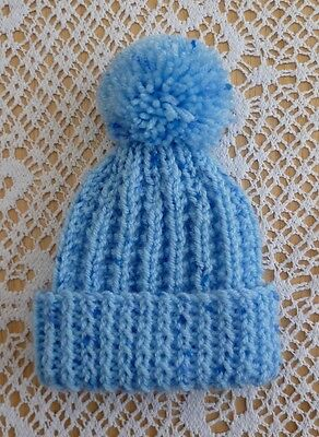 NEW HAND KNITTED BABY POM POM HAT 0/3 Months  Blue  Flecked