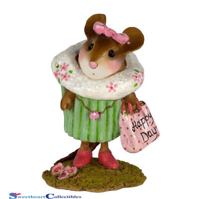 Wee Forest Folk M-574H  Mom's Cupcake Treat