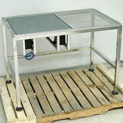 "TMC Micro-G Air Isolation Vibration Reduction 3-Zone Cleanroom Table 48"" x 30"""