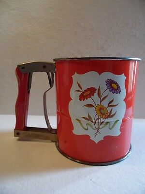 Vintage Retro ANDROCK Hand-i-Sift 3 Screen Flour Sifter Flower Scene Tin Red