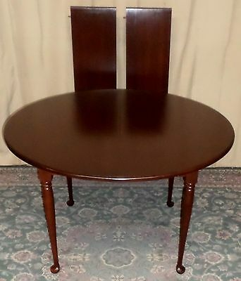 SEELY CHERRY ROUND TO OVAL DINING TABLE 2 Extension Leaves VINTAGE