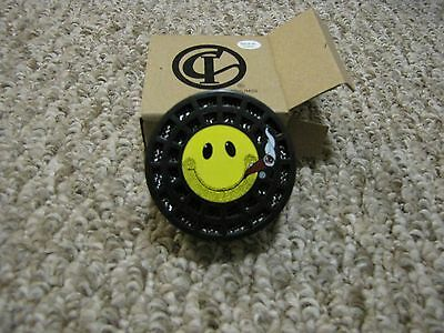 Round Smiley Crystal Gel Humidifier - For 25 to 50 Count Cigar Humidors - New