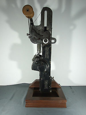 GRITZNER PATENT - ANTIQUE LEATHER SEWING MACHINE - 19th century - ***RARE***