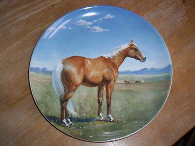 Retired Spode Limited Edition Palomino Quarter Horse Plate by Susie Whitcombe