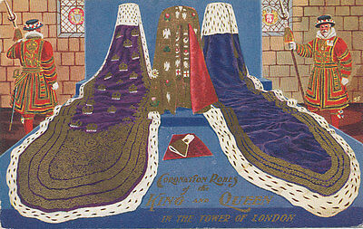 B3218  Postcard Coronation Robes King & Queen In Tower Of London Royalty